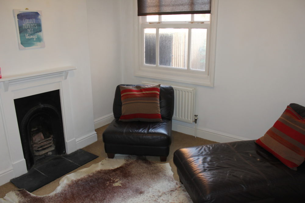Second rear living room (2)